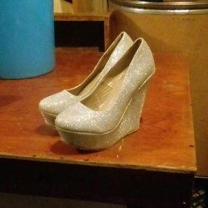 Silver sparkly heel